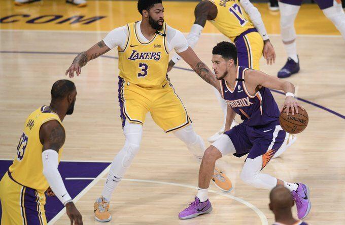 Booker y los Suns dejan fuera a LeBron y los Lakers en los playoffs de la NBA