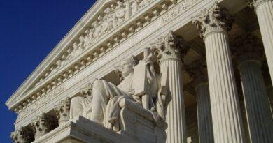 La Corte Suprema ratifica la ACA en una decisión 7-2, dejando intacta la histórica ley de salud de EE. UU. Durante la pandemia