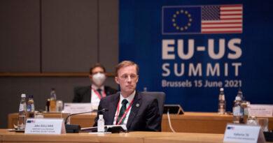 EE.UU. advierte que prepara nuevas sanciones contra Rusia por caso Navalni