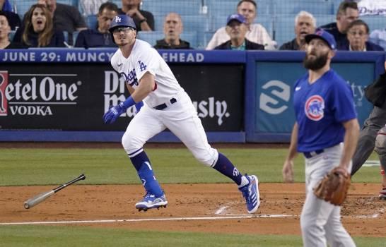 AJ Pollock, Muncy impulsan a Dodgers a triunfo ante Cachorros