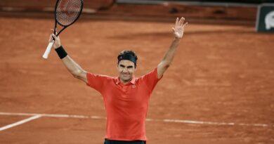"""Roland Garros despide a los """"cuarentones"""" Roger Federer y Serena"""