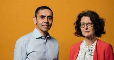 """Ugur Sahin y Özlem Türeci, creadores de la vacuna de Pfizer y BioNTech: """"El coronavirus está aquí para quedarse y se volverá más resistente"""""""