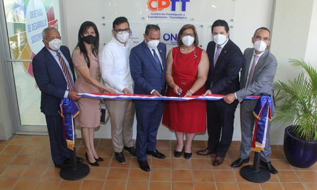 Inauguran centro de prototipado y transferencia