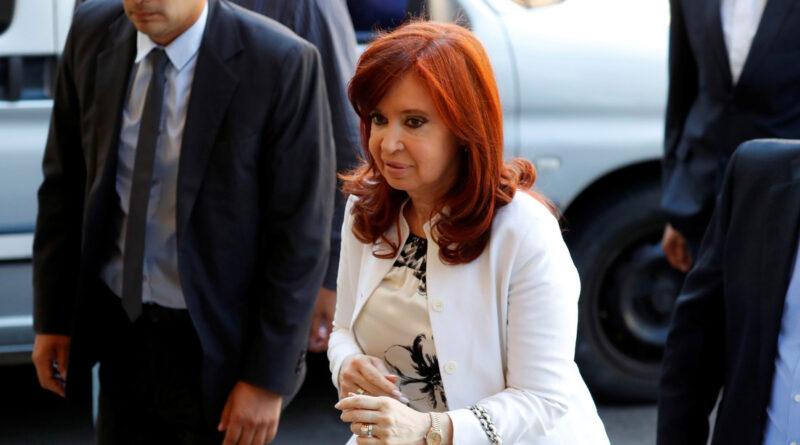 Disparates, tropelías e intereses de 'fondos buitre': las denuncias de Fernández de Kirchner contra las causas en su contra armadas por el macrismo
