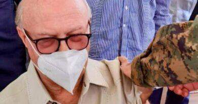 Hipólito Mejía se aplica la tercera dosis de la vacuna contra el COVID-19