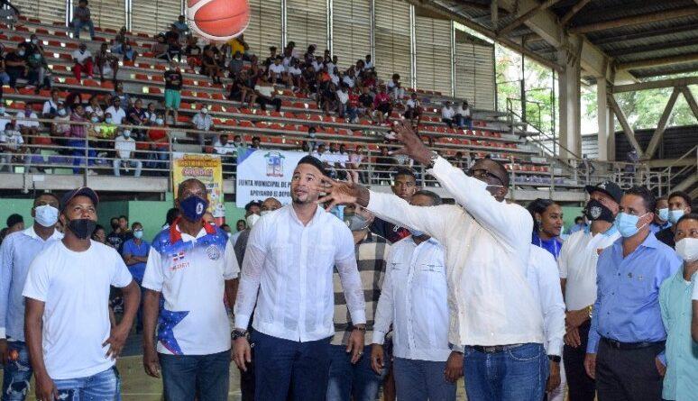 Inicia con éxito el 13vo. Torneo Municipal de Baloncesto Superior de Los Alcarrizos
