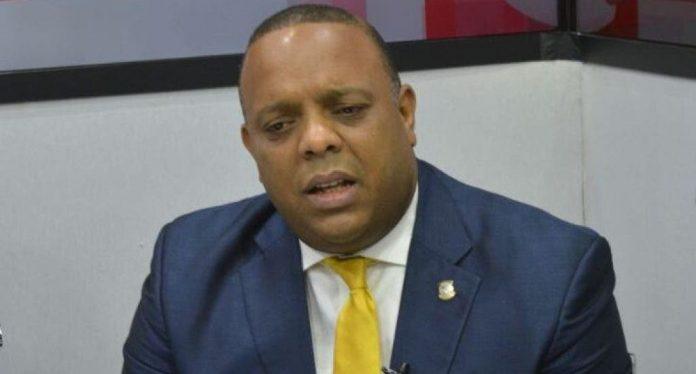 Diputado Luis Henríquez:SDE es un caos por improvisada gestión Alcalde