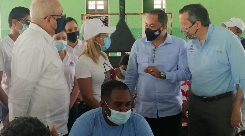 María Trinidad Sánchez alcanza 70% en aplicación de vacunas contra el Covid-19 con su primera dosis.