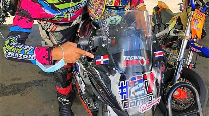 Piloto dominicano de alto cilindraje, Idelfonso Ortiz, triunfa en motovelocidad panamericana de Costa Rica