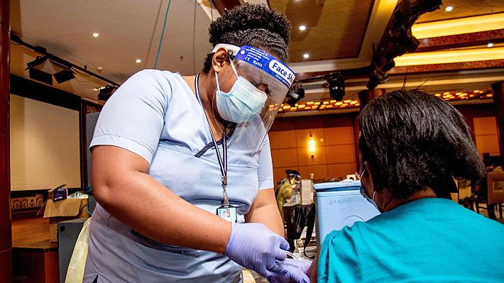 """""""Sin vacuna, sin trabajo"""": Fiyi impone la inoculación obligatoria contra el covid-19"""