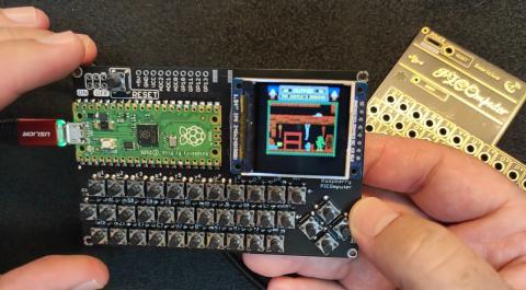 PICOmputer, un ordenador retro con pantalla y teclado del tamaño de una tarjeta de crédito
