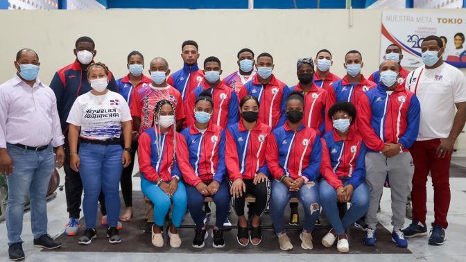 RD clasifica diez pesistas a los Juegos Panamericanos