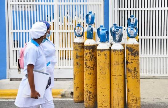 Salud Pública notifica 454 casos y cinco defunciones por coronavirus