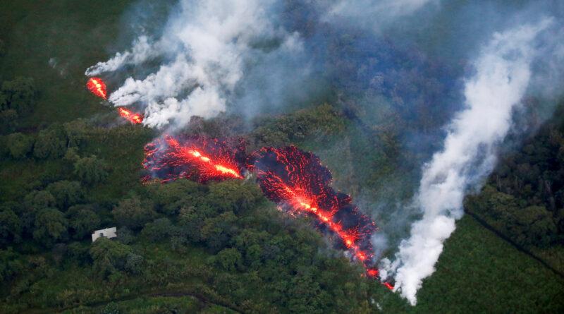 140 terremotos en 12 horas: brutal enjambre sísmico en el volcán Kilauea asustó a los científicos, que temían una inminente erupción
