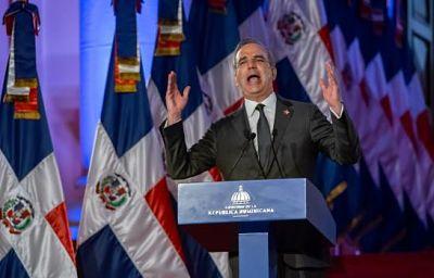 Abinader frente al reto de consensuar 12 reformas