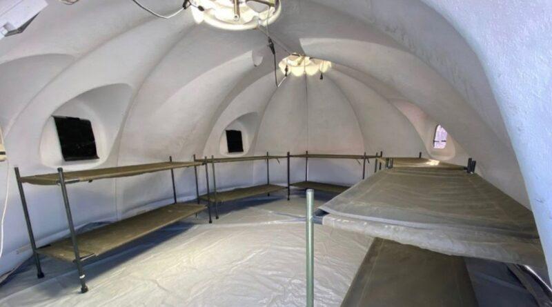 Así es el campamento para los refugiados afganos levantado en un aeropuerto militar de Madrid