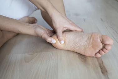 Qué puedes hacer para eliminar los callos de los pies