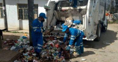 Comerciantes de SDE tendrán horarios para recogida de basura