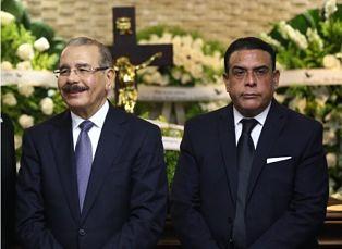 Gobierno de Danilo tomó financiamiento para pagar RD$2,400 millones a empresa de su hermano