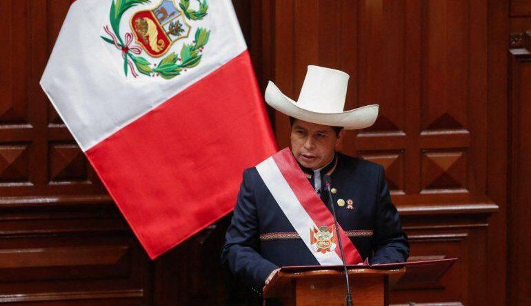 El Congreso de Perú otorga el voto de confianza al gabinete de Pedro Castillo