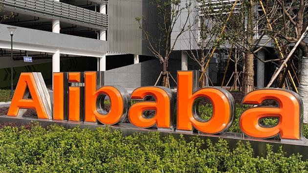 Las acciones de Alibaba marcan su mínimo histórico