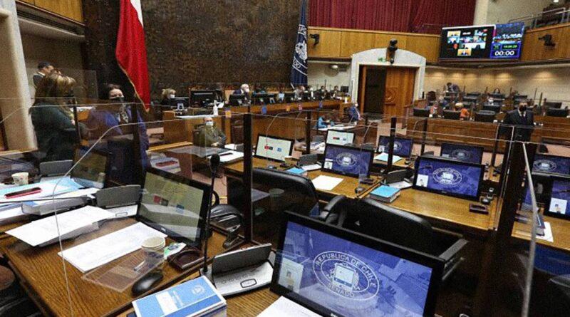 Las crecientes presiones de las aseguradoras de EE.UU. (que han llegado hasta Biden) para impedir el retiro de las pensiones en Chile