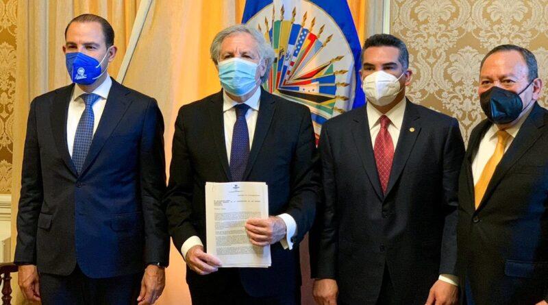 """López Obrador, sobre la denuncia de líderes opositores ante la OEA: """"Están muy desesperados"""""""