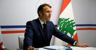 """Macron critica el """"fracaso moral"""" de los políticos libaneses al cumplirse un año de la trágica explosión en Beirut"""