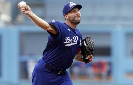 Apoyado por tres jonrones, Scherzer guía a los Dodgers a triunfo