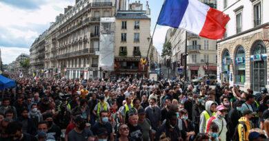 Francia registra nueva jornada de manifestaciones contra las restricciones por el coronavirus