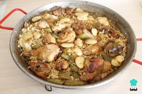 Receta de Paella de pollo y conejo