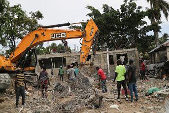 Aldeas de Haití siguen a la espera de ayuda humanitaria tras el devastador terremoto del fin de semana