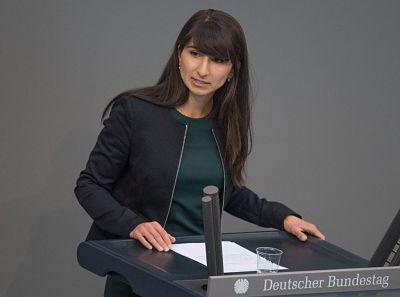 Bela Bach se queja de agresión sexual en el Bundestag