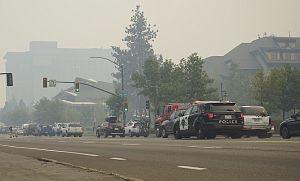 Caldor Fire obliga a miles a huir; US 50 en dirección oeste cerrado