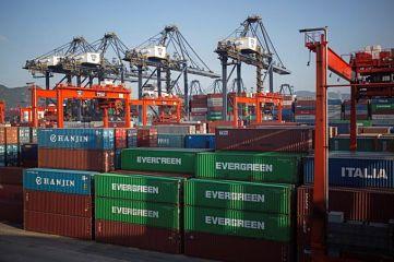 Navieros alertan de posible escasez de artículos de tecnología y otros procedentes de China y sugieren a las empresas aprovechar oportunidades