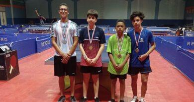 Ramón Vila se corona campeón del torneo superior tenis de mesa de Santiago
