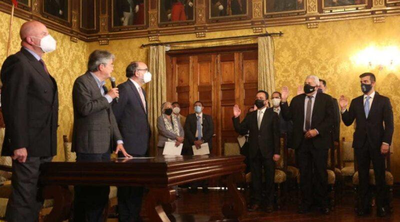 A poco más de 100 días en el Gobierno, Lasso hace cambios de ministros y gobernadores