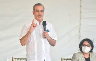 Abinader promete no reformará Constitución para reelegirse más de 8 años