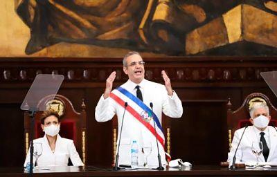 OJO: Presidente Abinader afina puntos de reforma fiscal y seguridad social
