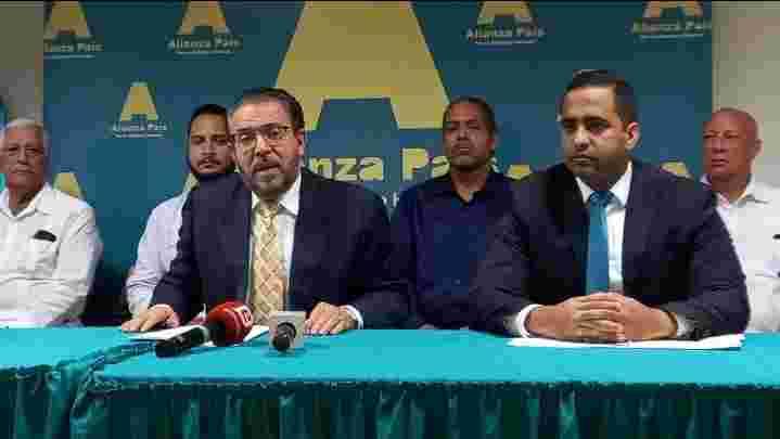 Alianza País propone reforma fiscal a través de la cual se audite gasto público y se disminuya impuestos