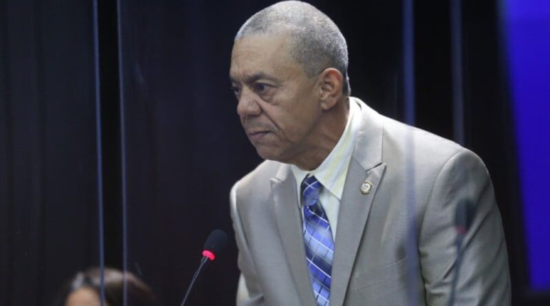 Diputado demanda explicaciones al presidente Abinader por legisladores vinculados al narcotráfico
