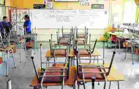 Escuela cerrada en Santiago por covid