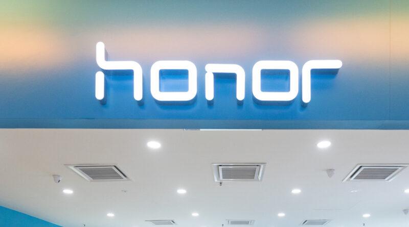 """El fabricante chino Honor y Microsoft firman un acuerdo """"estratégico"""" para desarrollar nuevos dispositivos e inteligencia artificial"""