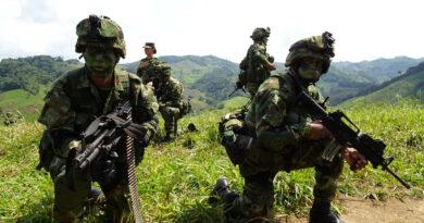 La activación de un campo minado deja al menos un soldado muerto, tres desaparecidos y varios heridos en Colombia