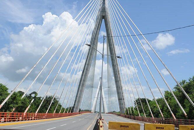 Obras Públicas abre el tránsito total por el puente Mauricio Báez en San Pedro de Macorís