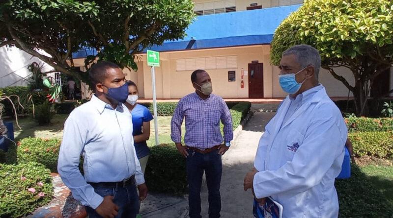 Salud Pública en María Trinidad Sánchez deja instalada punto de vacunación en la UAPA