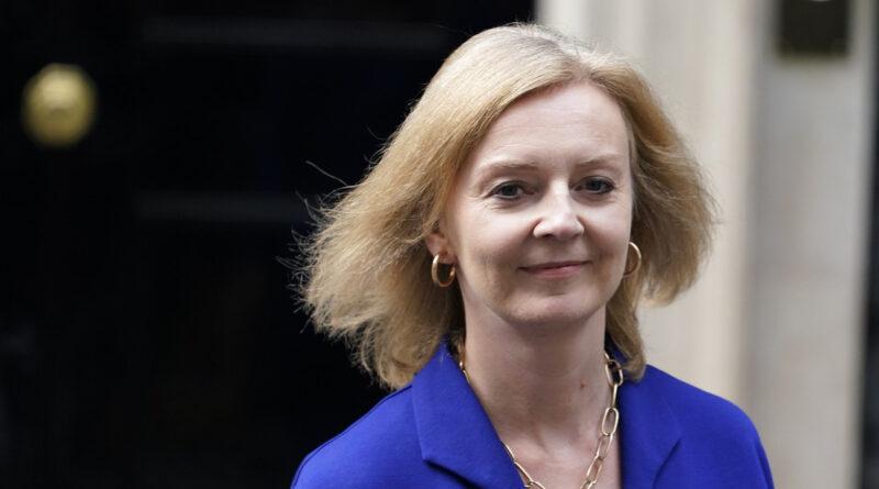 """Secretaria británica de Exteriores: El acuerdo AUKUS demuestra que el Reino Unido puede ser """"obstinado"""" defendiendo sus intereses"""
