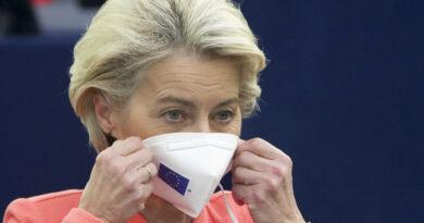 Ursula von der Leyen condena el pacto AUKUS por el trato a Francia