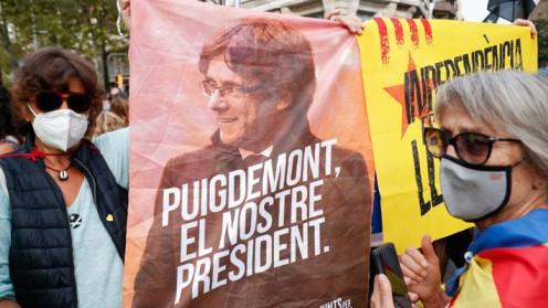 Líder independentista catalán Carles Puigdemont fue detenido en Italia