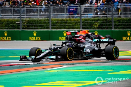"""Mercedes buscará ser """"realmente agresivo"""" ante Red Bull"""